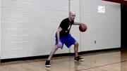 假动作过人,篮球场上最简单的过人技巧,你学会了吗