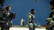 机甲猎人小霸王登场,《环太平洋2:雷霆再起》电影片段预告