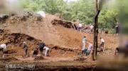 考古挖掘一汉朝古墓, 打开后看见墓主身上一东西, 专家眼都直了