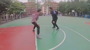 欧文又装老人去打球啦!就喜欢虐年轻人!去你丫的篮球梦!