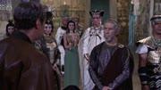 女王一步也不出埃及   否则就不是艳后了