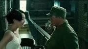 《风声》吴刚饰演的六爷戏份虽不多,但是那种笑里的狠劲显露无疑