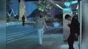 《殺破狼》小巷甄子丹甩棍VS吳京短刀的精彩打斗片段 視頻