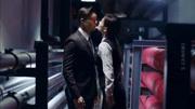橙红年代:胡蓉含泪说完我爱你不辞而别,刘子光知道后到处寻找!
