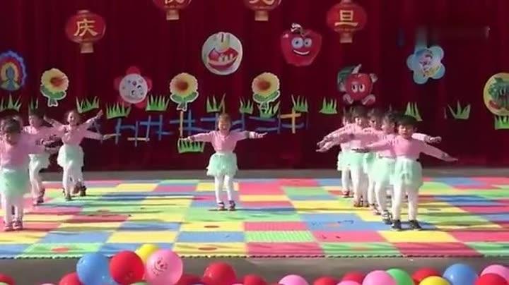 幼儿舞蹈《感觉自己萌萌哒》儿童舞蹈视频幼儿园
