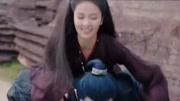 女學生吉他彈唱神曲《出山》清澈的嗓音,比網紅劉至佳好聽太多了
