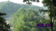 湖南湘西農村辦酒,這里的木房子黑曲曲的,應該有上百年歷史了