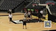 籃球四招中鋒必學腳步,背后打球技巧,網友實用