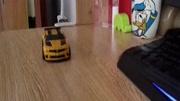 擎天柱大黃蜂抵擋樂高世界的攻擊