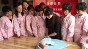 禧月阁月子中心新生儿护理:如何给宝宝拍嗝