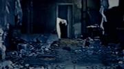 男子把美女催眠后,還把過程拍下來,做成錄像帶