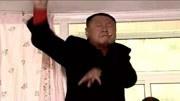 范德彪:撒野是不是?范伟且战且退,赵本山在一旁煽风点火!图片