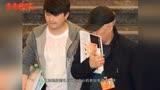 赵本山竟然出现婚礼现场,一身潮服减龄不少!网友:新郎大人物?