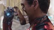 """复仇者联盟4:揭秘钢铁侠胸口的""""洞""""!原来是它拍出来的!"""
