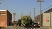 驚悚恐怖片《巨蟒大戰恐鱷》短尾鱷吃了激素藥物體型增大數倍