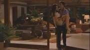《暮光之城4》當貝拉變成吸血鬼后簡直美炸天,美艷不可方物