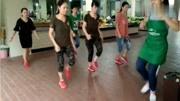 生命在于運動的田成仁 三十多年堅持做自創健身操