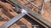 農村90后美女在家苦練電焊,把立焊燒成這樣,這技術過關嗎?
