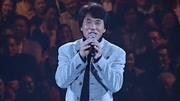 成龍被黃霑逼著唱歌,自嘆唱歌容易走調,比不上張學友