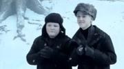 哈利波特幕后花絮赫敏和哈利波特比身高,他們笑得好甜啊