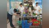 《炊事班的故事》炊事班給連長做病號飯
