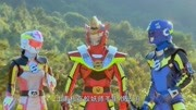 巨神戰擊隊:火戰衛被暴揍,召喚出超級武器,仍然不敵