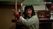 《蛇形刁手》成龍就是憑借這部電影,開創了功夫喜劇的潮流