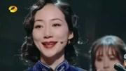 《金陵十三釵》看一次哭一次的片段,這些女人唱歌的樣子,太美!