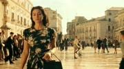 為了存活,女孩付出了慘痛的代價《西西里的美麗傳說》