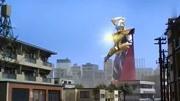 四川方言版刺激戰場:豬隊友練穿墻術被封印,從此獲得無敵超能力