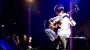 超美洋妹子电吉他演奏《加州旅馆》