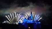 上海迪士尼樂園煙花秀內測 璀璨絢麗點亮城堡