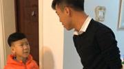 薛葵打斗使錘大將得意洋洋,母親卻告訴他那是他爹