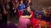 湖南湘西一農村姑娘結婚,配了一首好聽的歌曲,我聽了10遍_1