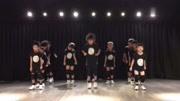 最新流行扭腰摆跨广场舞,简单易学更好看