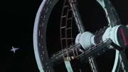 推荐一部科幻惊悚电影,遵循并超越了传统故事情节,堪称恐怖片的罕见佳作!