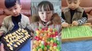 吃播小哥哥,吃地三鲜,吃水果硬糖,吃卤豆皮,吃起来真带劲
