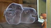 熊出沒之奪寶熊兵:光頭強給熊寶寶喂牛奶