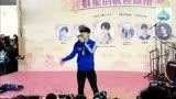 偶像練習生導師王嘉爾驚喜突襲超市 激情說唱巴比龍