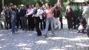 交际舞慢三花样_北京交谊舞 慢三《在银色的月光下》舞蹈教学