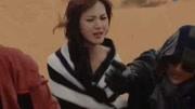 《沙海》苏万遭绑架被黎簇?#20113;?#25937;出,结果又被黑毛蛇亲了一下