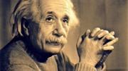 人类真的可以穿越时空回到过去吗?百年前爱因斯坦就解释过了