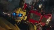 變形金剛大黃蜂vs鋼鉗 玩具視頻
