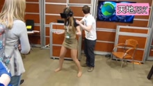 VR玩家们用生命在搞笑