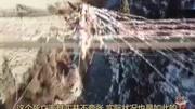 """上海特警登頂珠峰 身披國旗""""歌唱祖國"""" 北京您早 180522"""