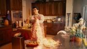 鄰家特工:千萬不要小看生氣時候的女人!看龍叔教你使用平底鍋!
