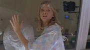 一部美國科幻電影《冰凍蜘蛛》實驗室飼養的蜘蛛變異瘋狂攻擊人類