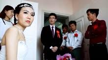 结婚当天,新娘放狠话不买新车不出嫁,新郎一怒之下掉头娶旧爱