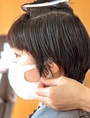 """评论 点赞 收藏 越来越多女生保持""""半盖耳""""短发,干练式减龄,美到停不图片"""