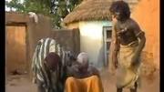 非洲土方治頭痛!看完視頻以后我再也不敢亂頭痛了,我